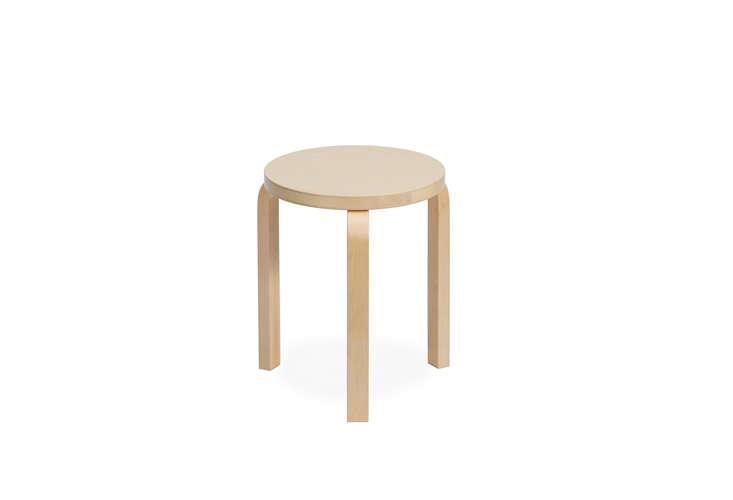 alvar-aalto-stool-60-hivemodern-remodelista