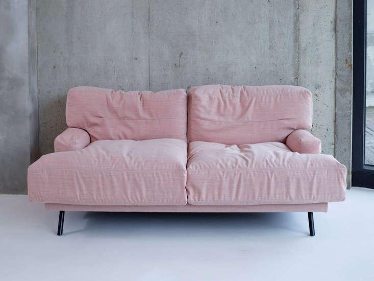 elmer two seat sofa lucy kurrein remodelista 21