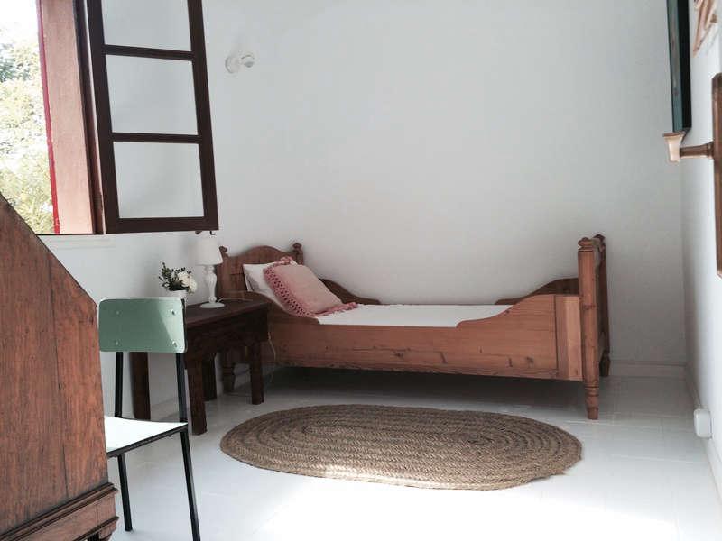 An Artful Casita from a New Yorker in Mallorca Spain hito home interiors remodelista 2 1