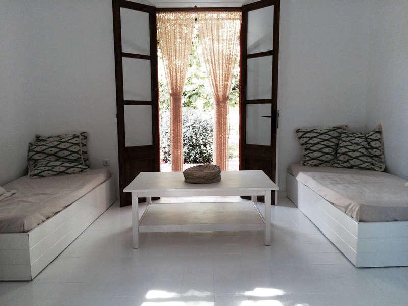 An Artful Casita from a New Yorker in Mallorca Spain hito home interiors remodelista 3 1