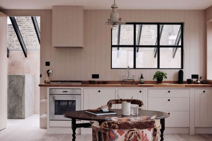 in four charming loft apartmentsdesigned bythe renegade real estate develop 11