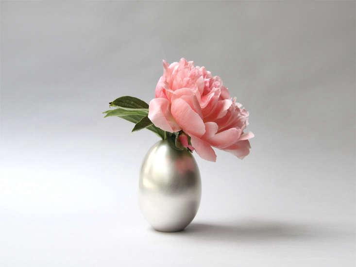 ted muhling egg vase remodelista 13