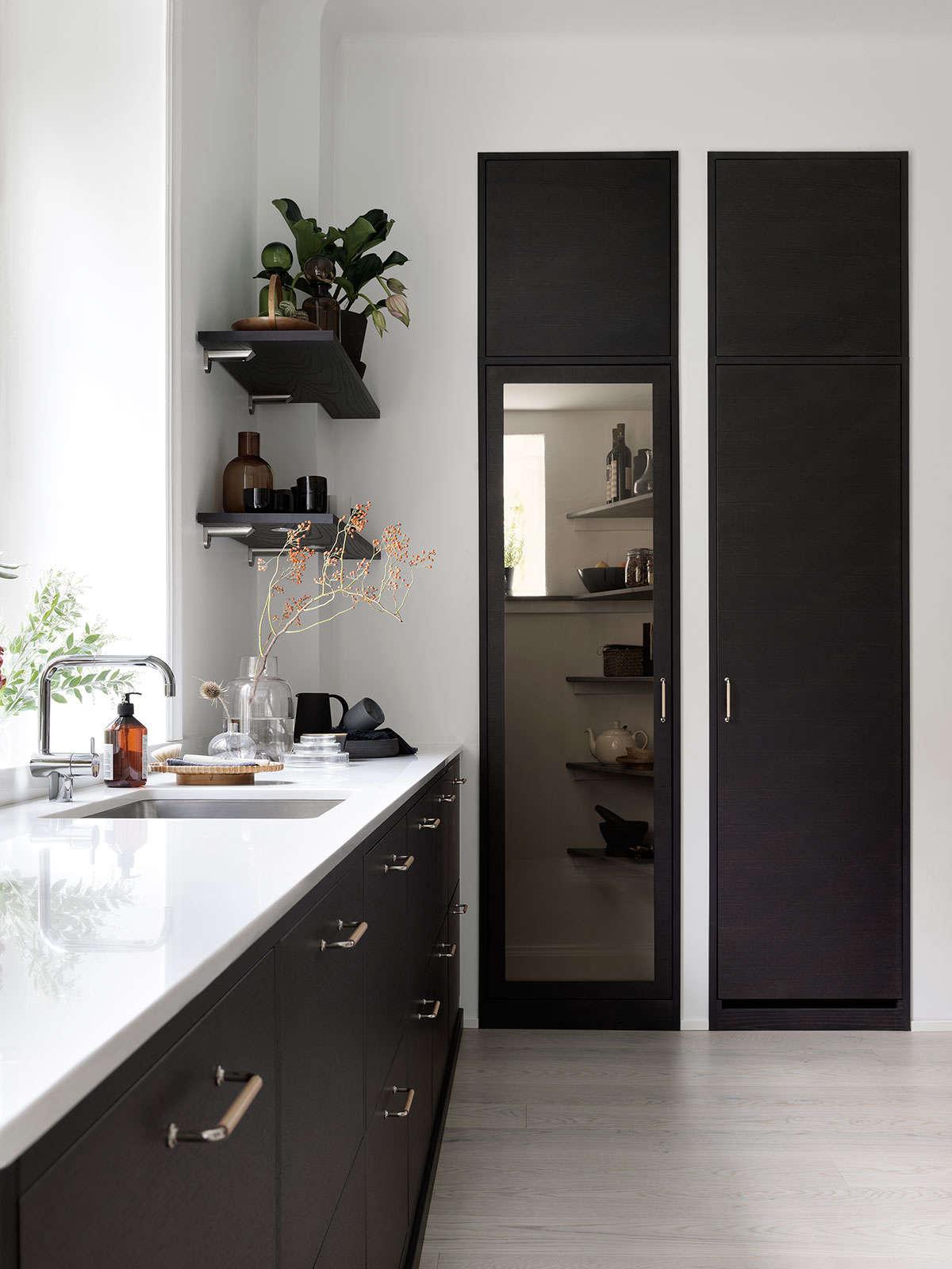 bistro kitchen in ash brown by ballingslov of sweden remodelista 3 10
