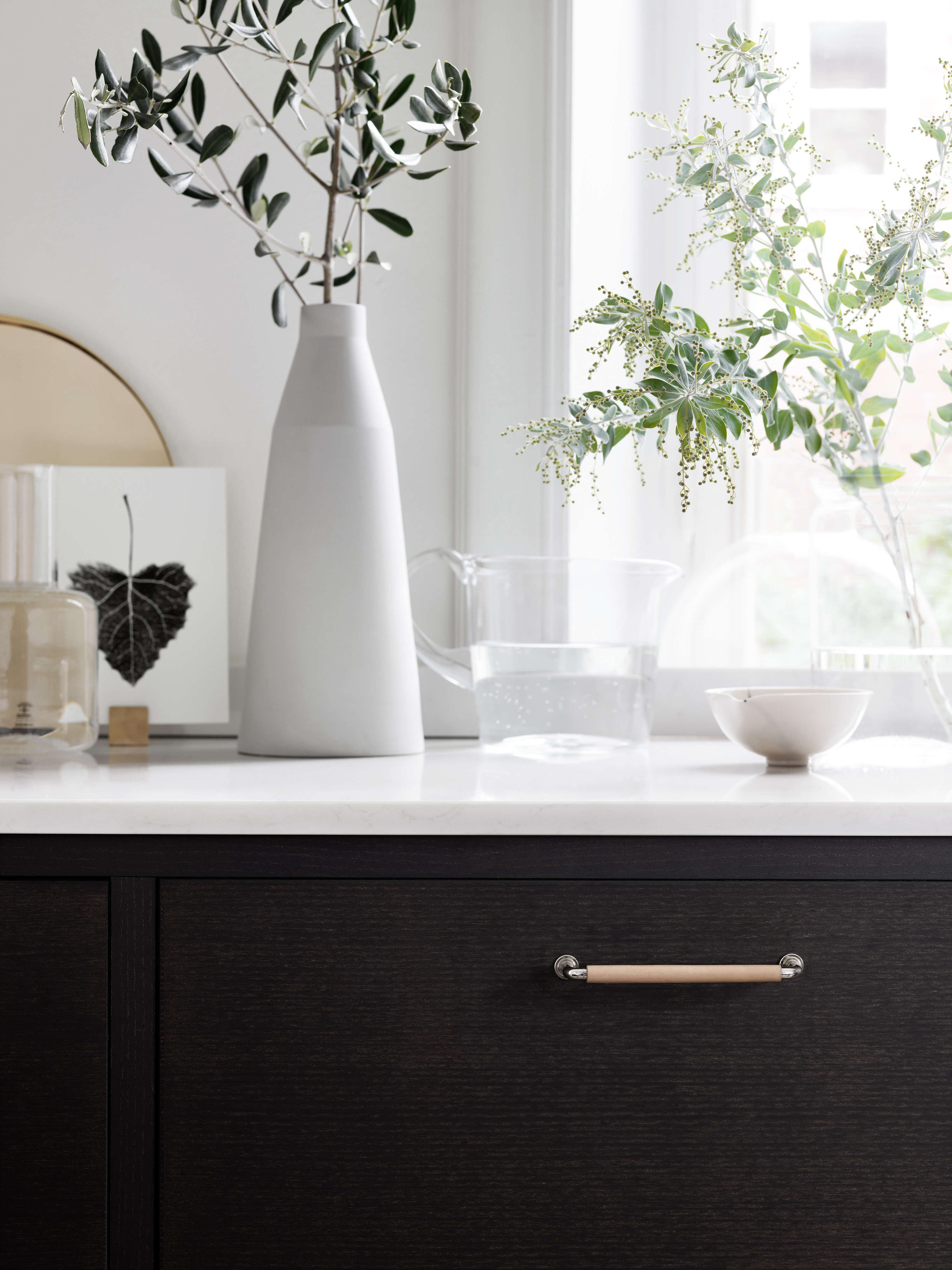 bistro kitchen in ash brown by ballingslov of sweden remodelista 9 12