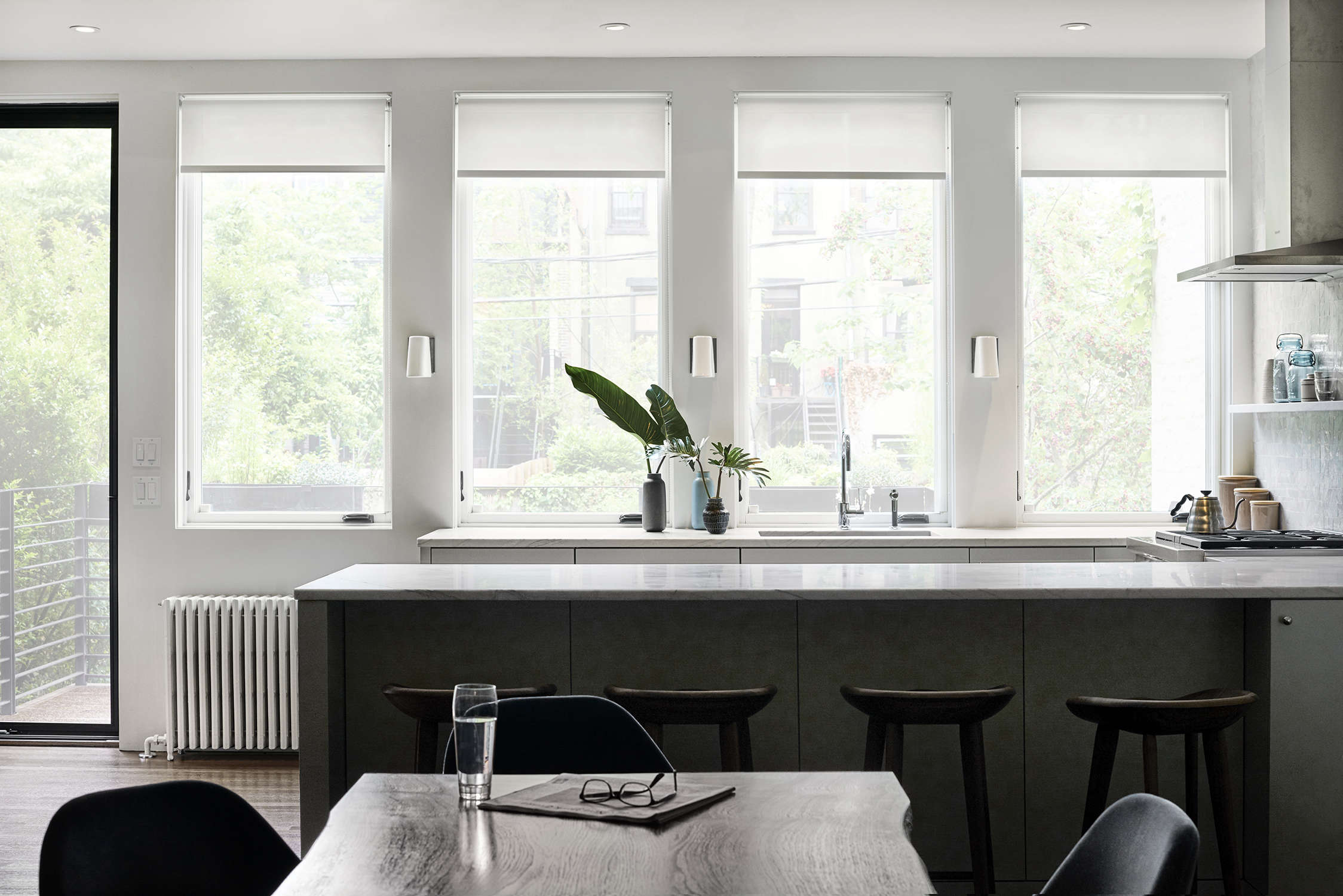 brooklyn townhouse remodel by bangia agostinho architecture and suzanne shaker  16