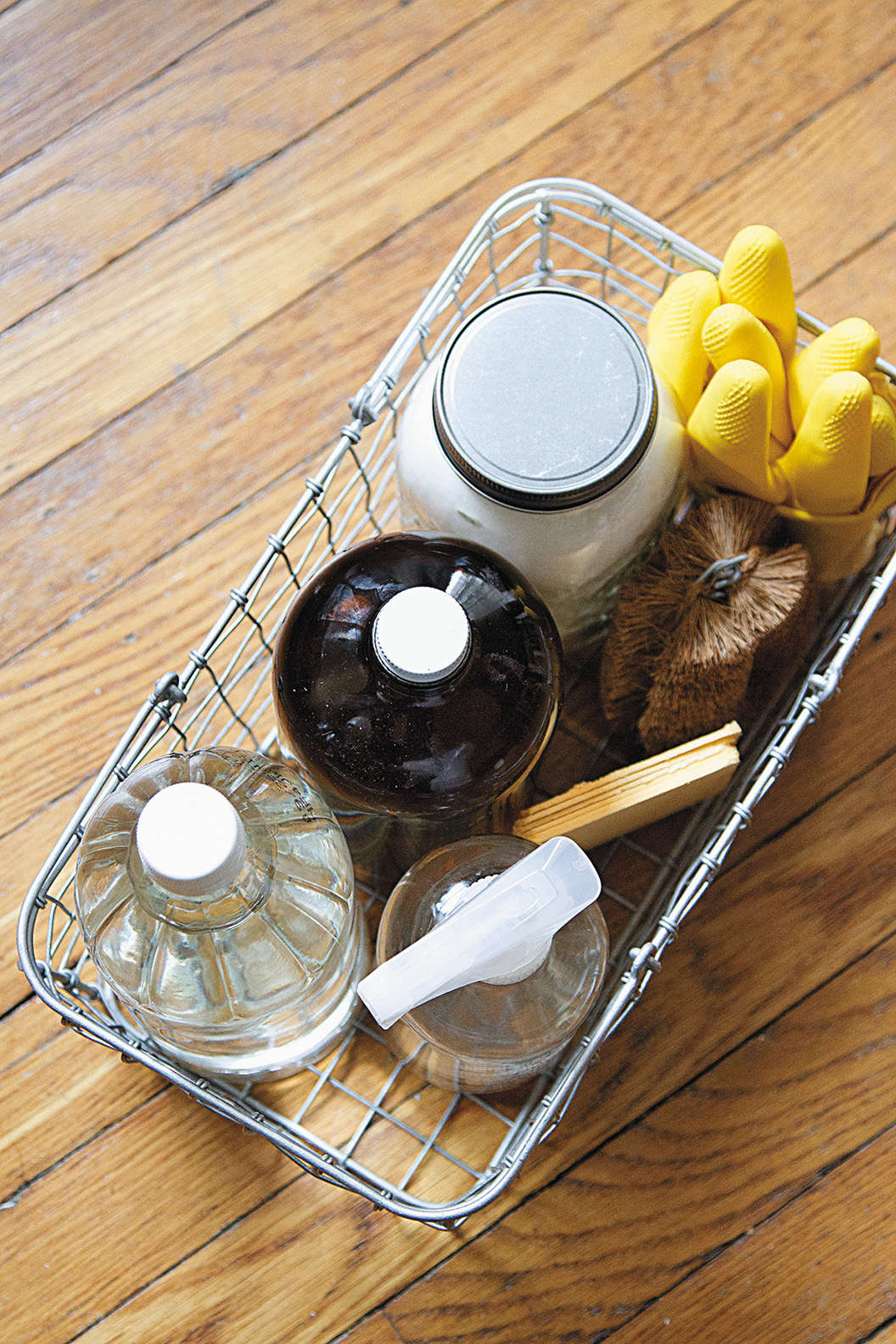 simple diy cleaning supplies made from vinegar and baking soda by erin boyle fr 9