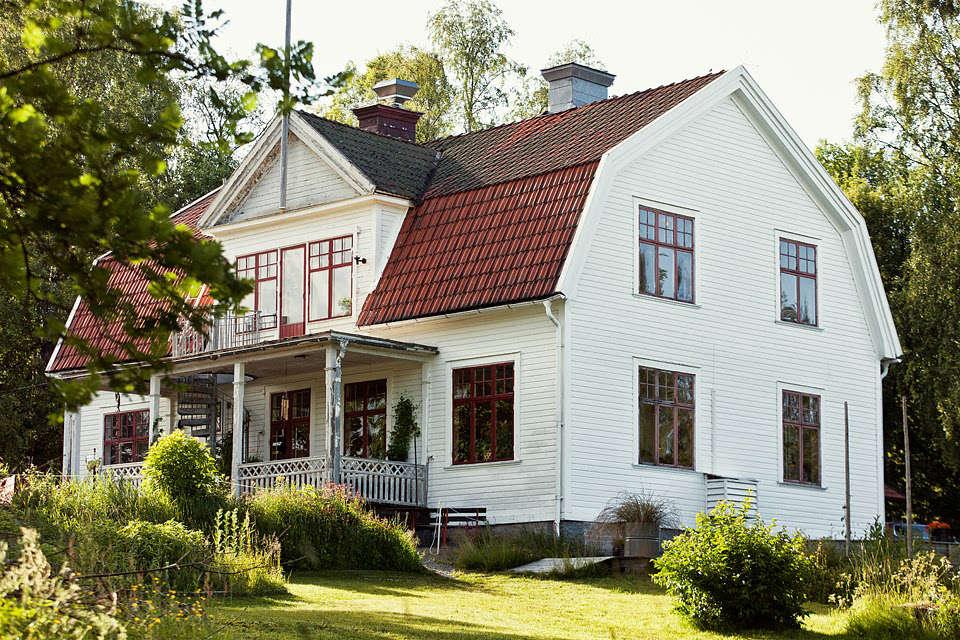 sågverket, a stylish country hostel and retreat center on the coast near här 18