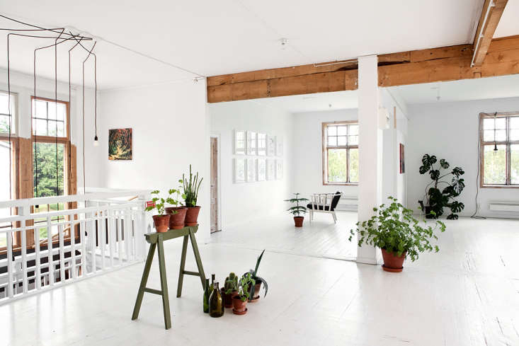 the bright sometime yoga studioatthe sawmill: a hostel with uncommon style, 9