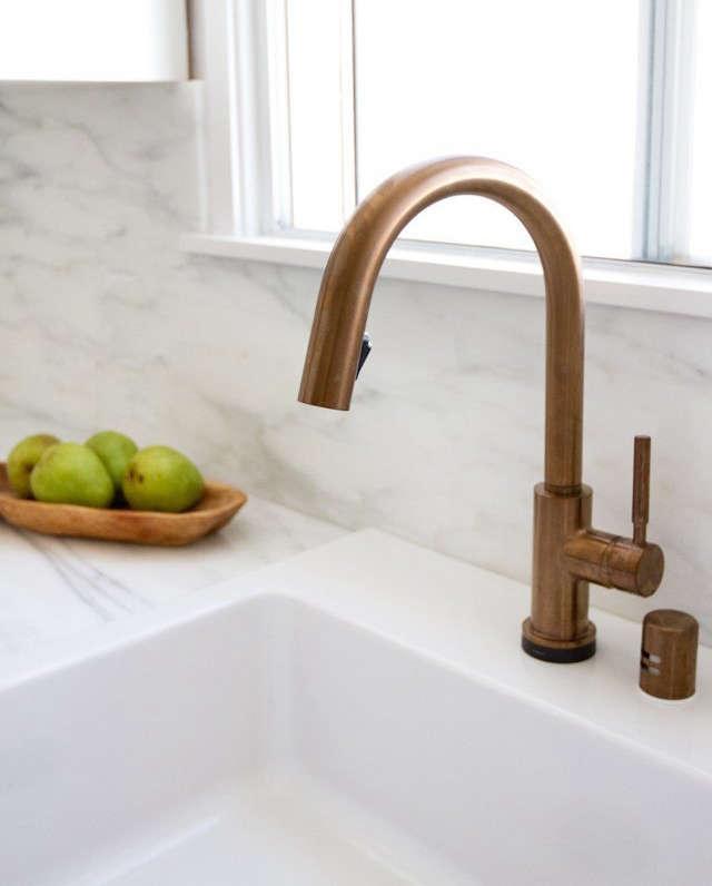 10 Easy Pieces PullDown Sprayer Faucets Smitten Studio kitchen remodel Brizo faucet roundup Remodelista