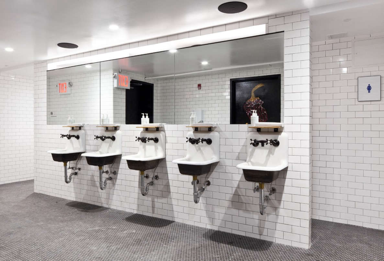 cosme bathroom remodelista 10 16