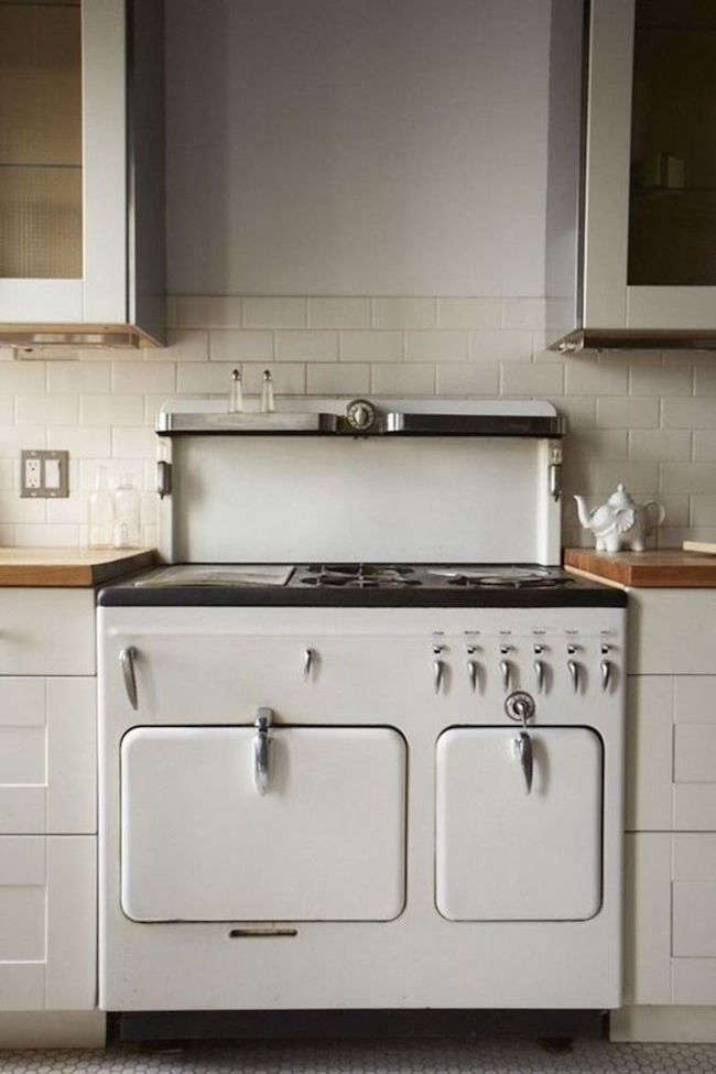 Steal This Look Hudson Milliner Kitchen in New York hudson milliner steal this look remodelista 3