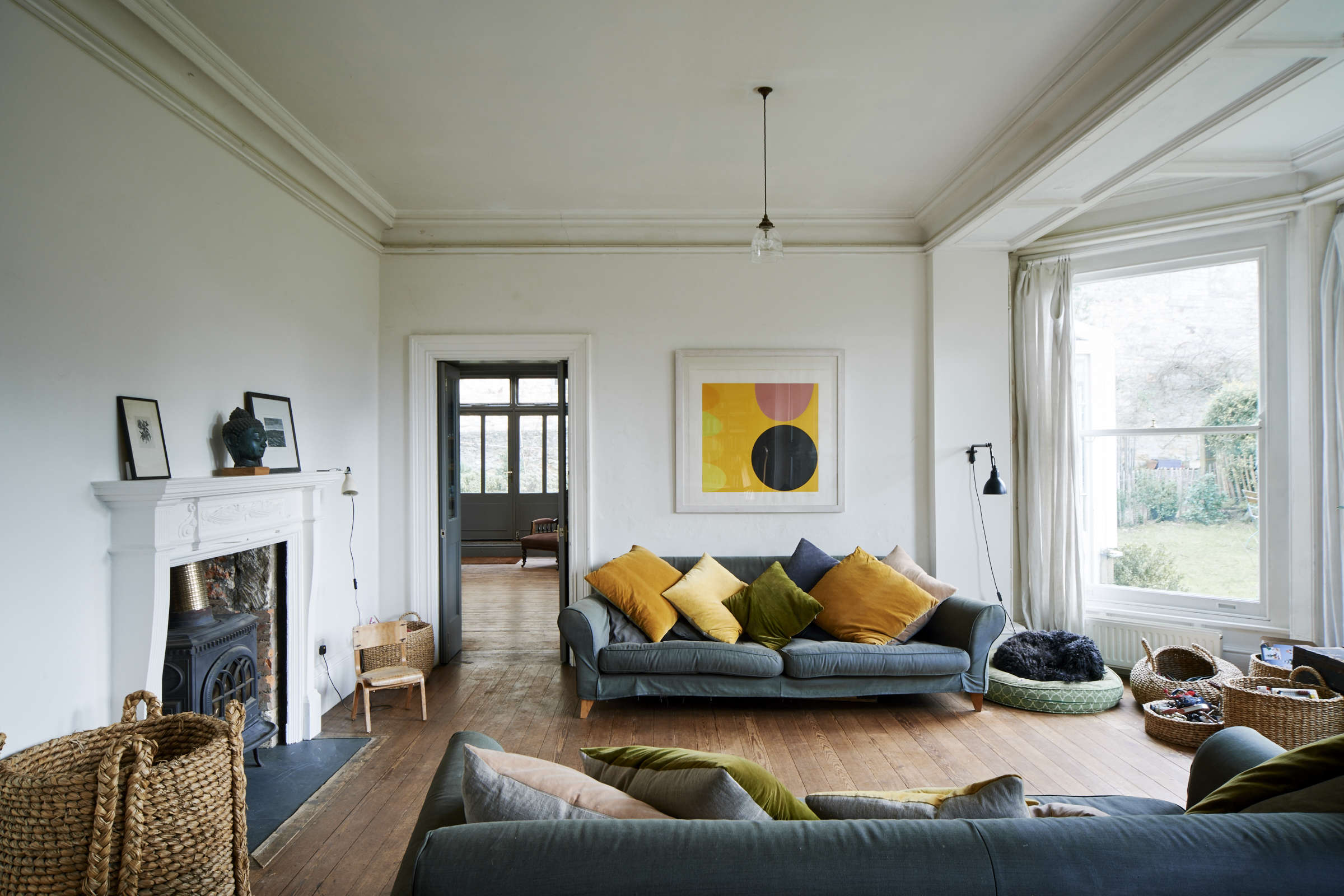 Steal This Look A Country House with Selective Color niki turner stroud remodelista 10
