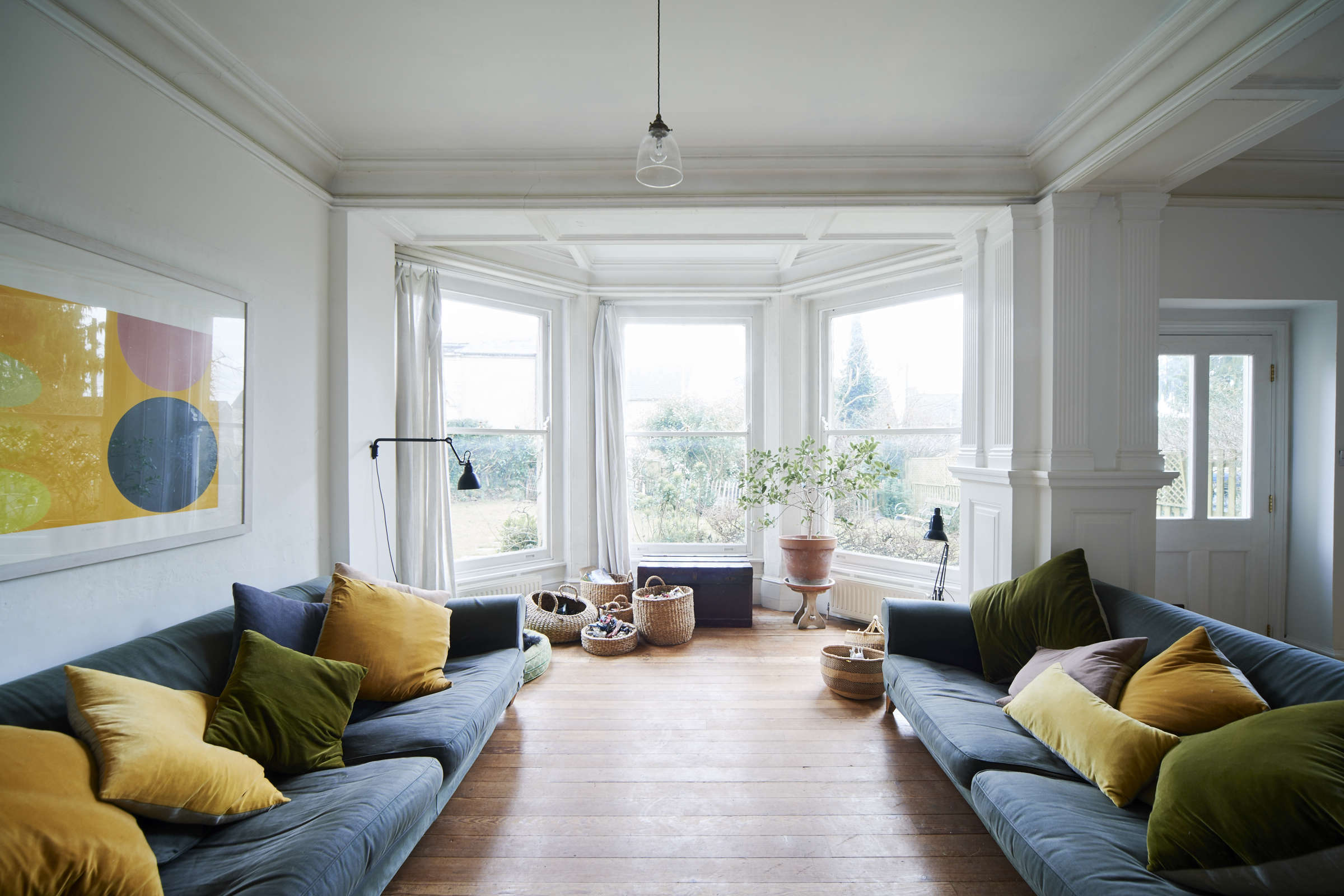 Steal This Look A Country House with Selective Color niki turner stroud remodelista 11