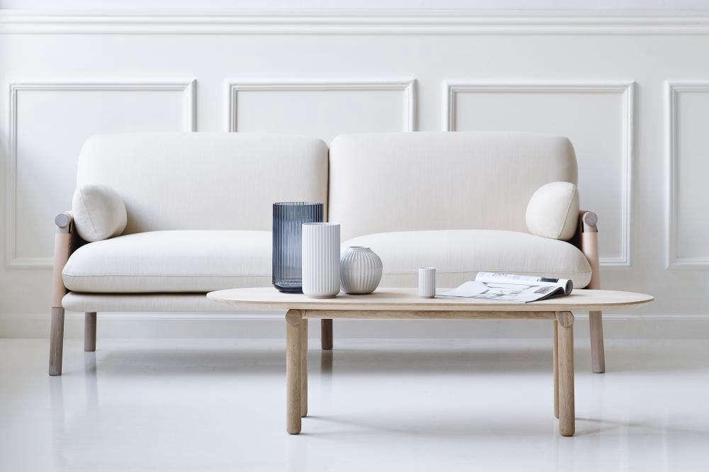 savannah sofa remodelista 10
