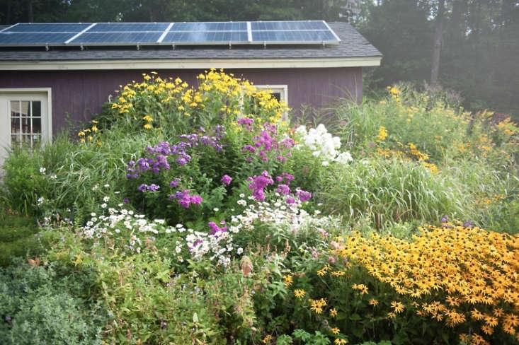 an eco friendly garden shed in vermont, solar panels included. for more, seeg 13