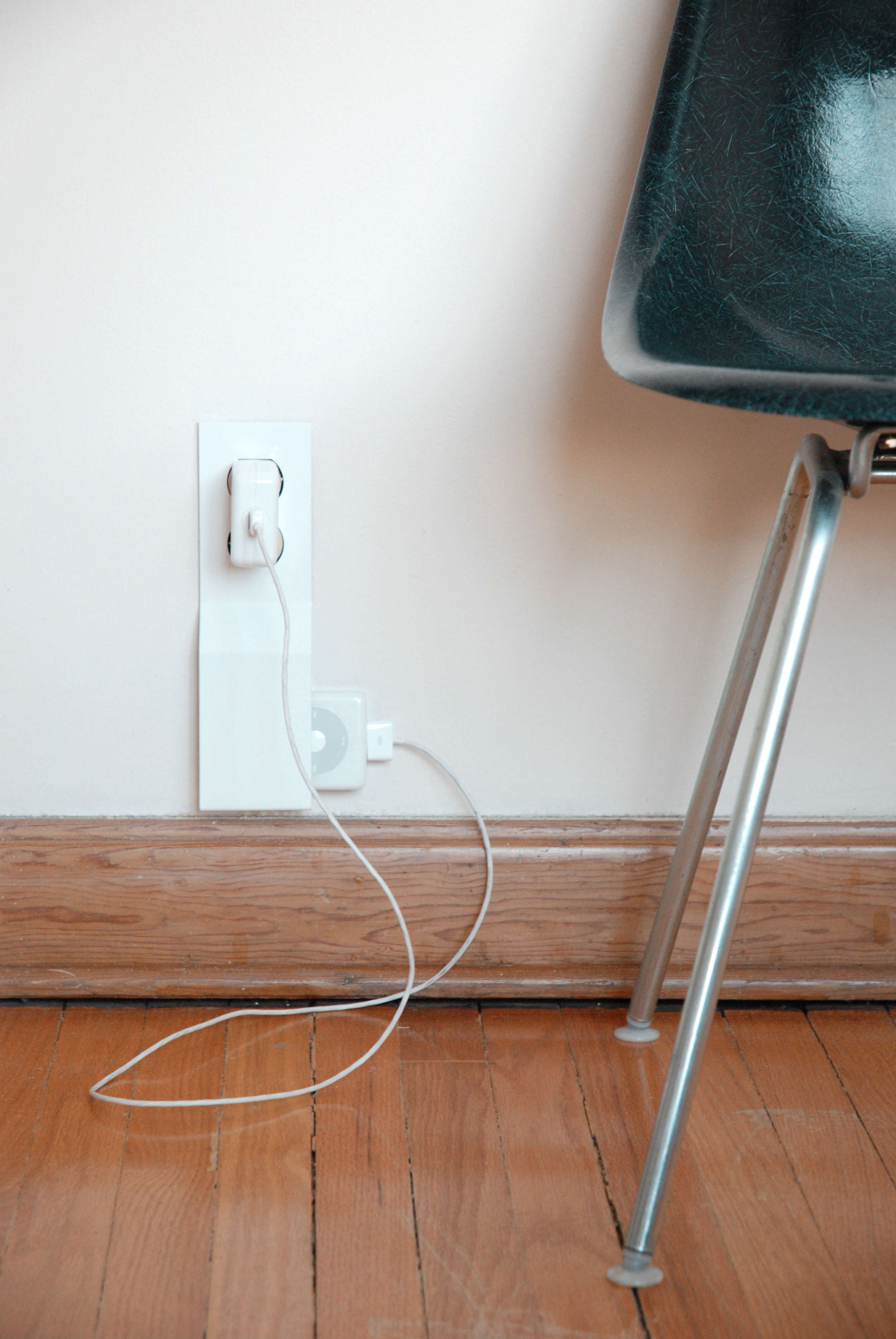 thom fougere studio charger clutch wall remodelista 15