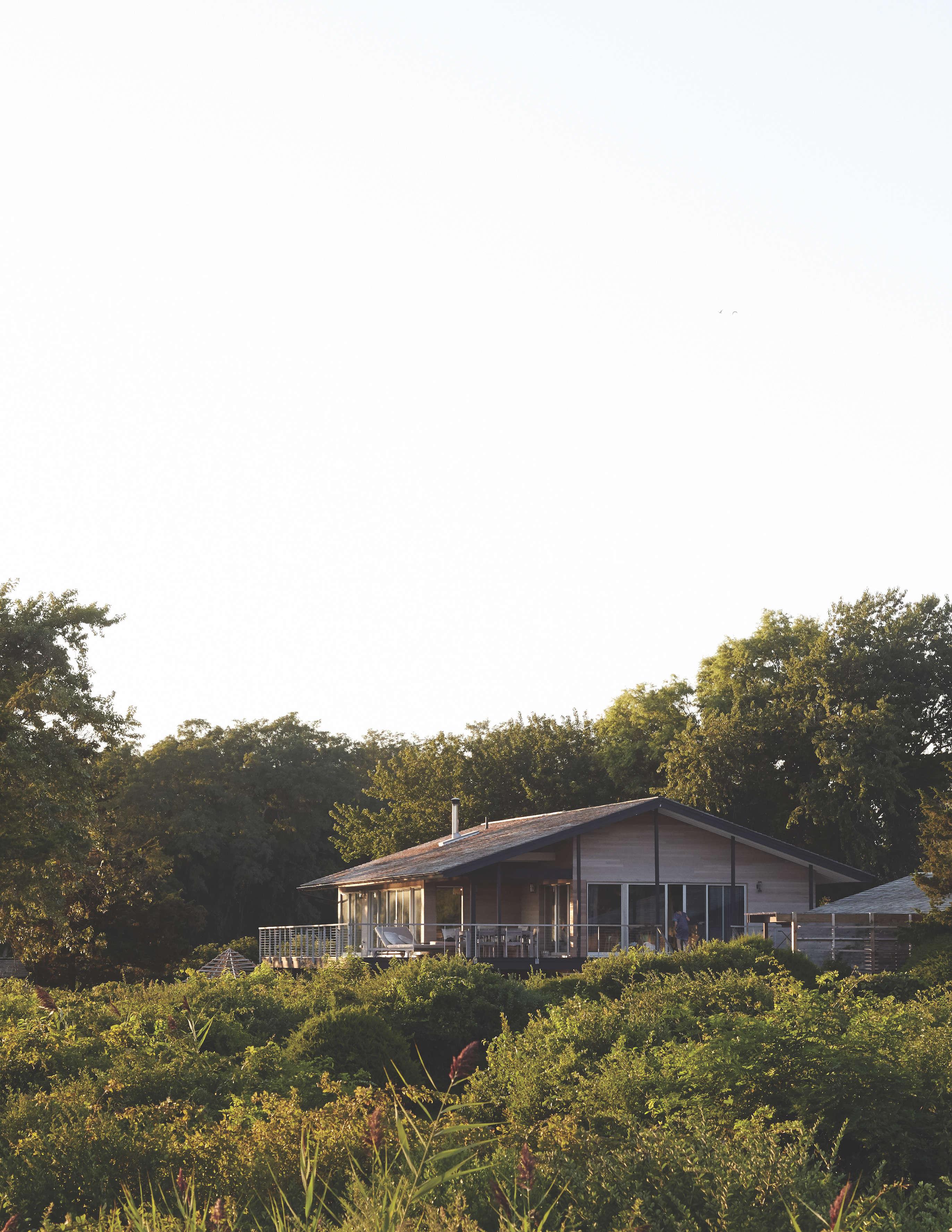 andrew corrie harriet maxwell macdonald shelter island house remodelista 17 24