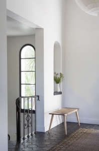 Disc-Interiors-Silver-Lake-Home-Landing-Remodelista