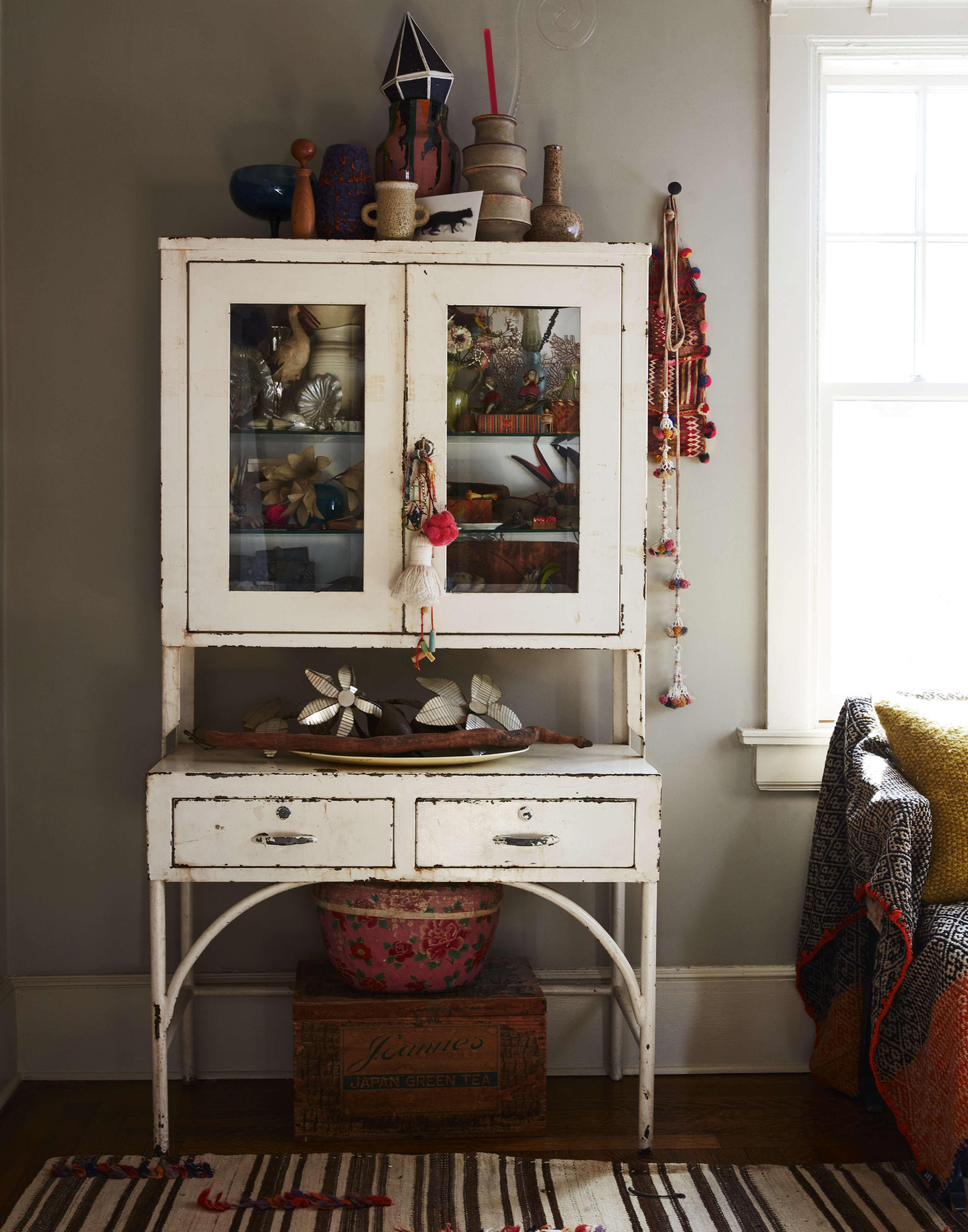 An old enameled dental cabinet is Livia&#8