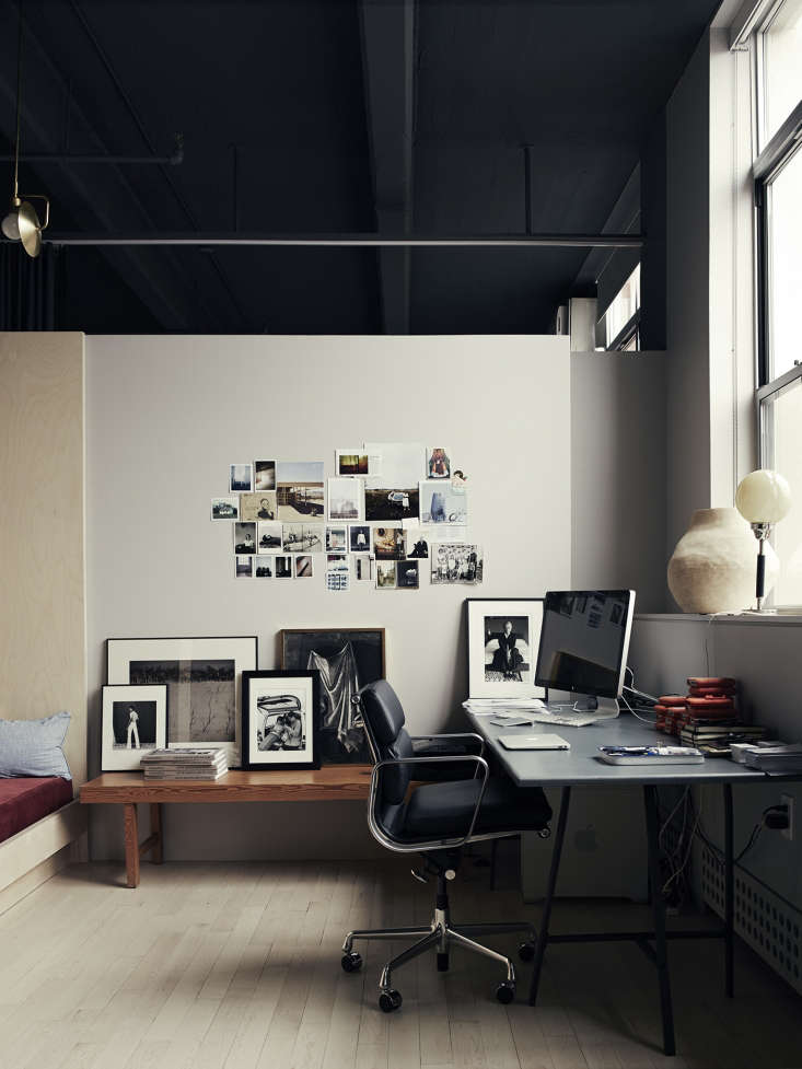 Photographer Pia Ulin loft in Brooklyn remodeled by Bangia Agostinho Architecture |Remodelista