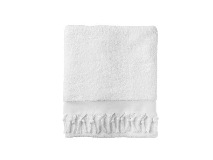 10 Easy Pieces Basic White Bath Towels anatolian plain bath towel remodelista