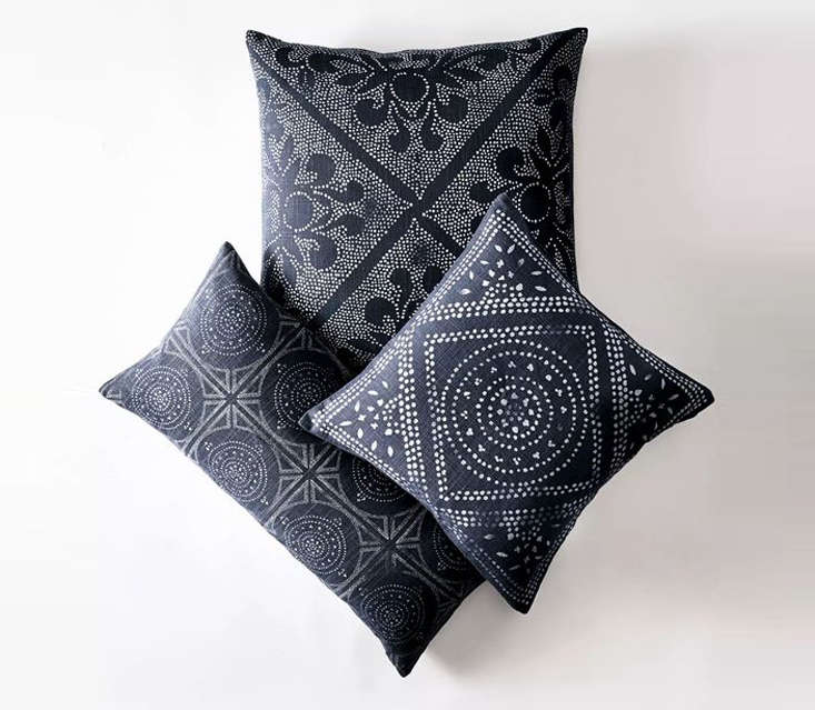 camille scroll pillow cover remodelista 23
