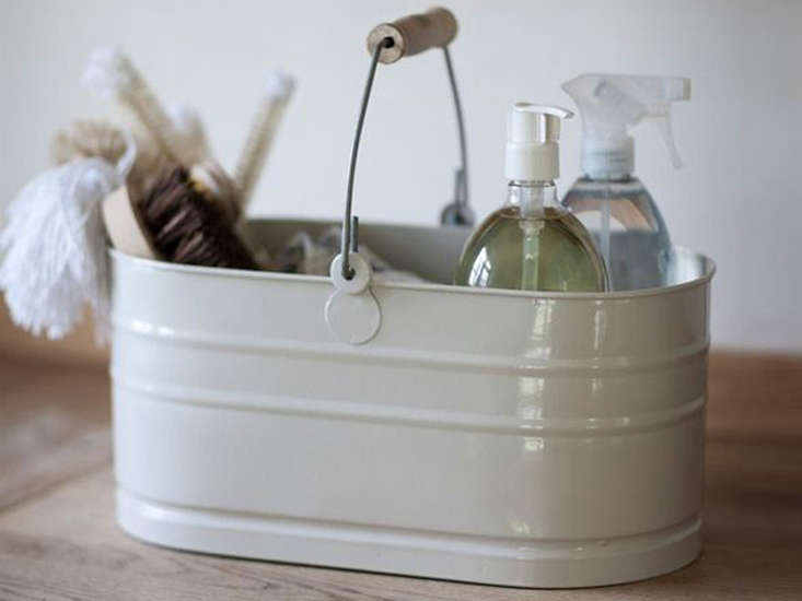 an enamel utility bucket to carry all your wares: £\2\2 (\$\28.4\2) at garden  9
