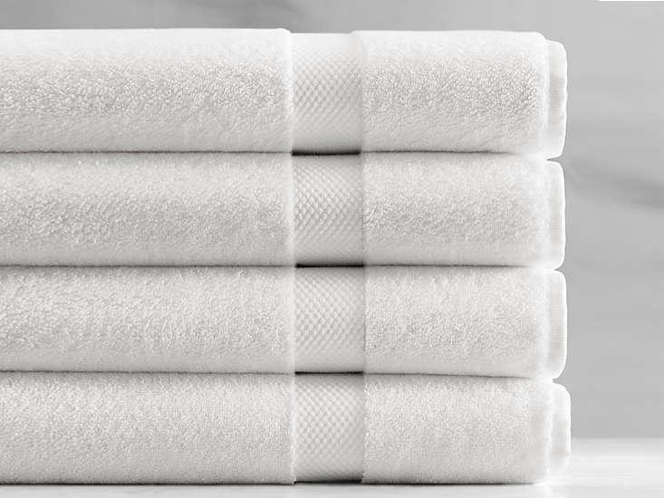10 Easy Pieces Basic White Bath Towels restoration hardware turkish towel remodelista