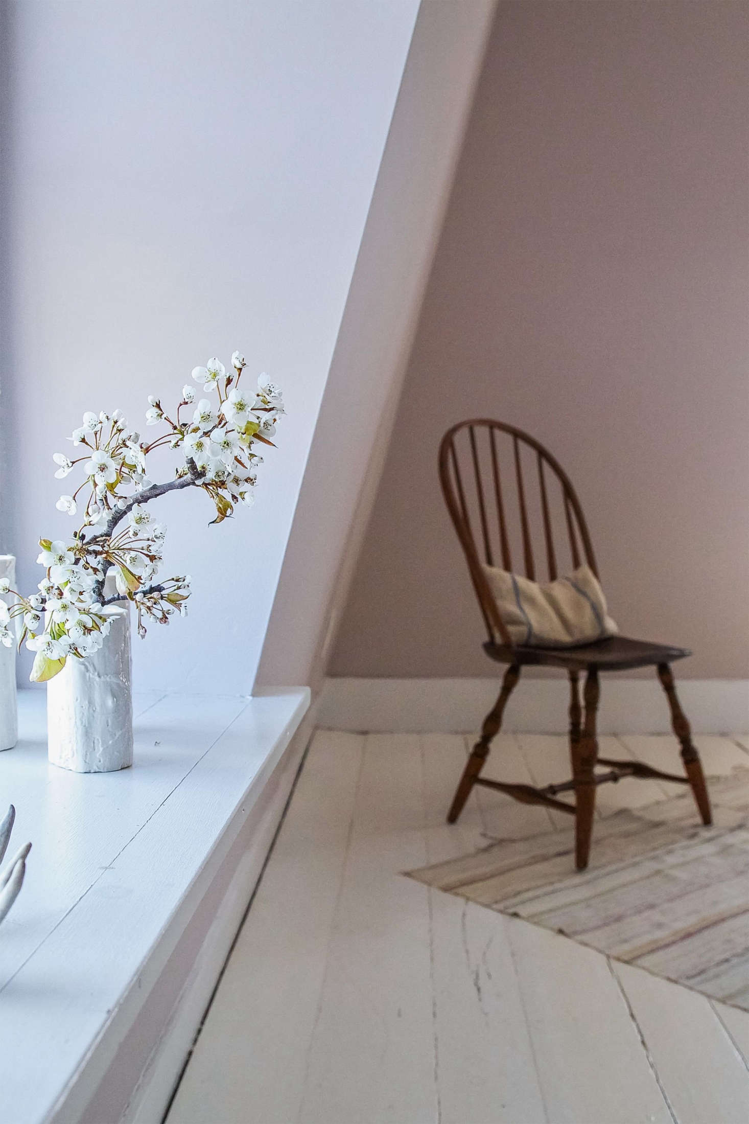 Farrow-and-Ball-Peignoir-Remodelista-5