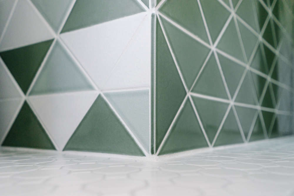 bathroom remodel with fireclay tile | remodelista 16