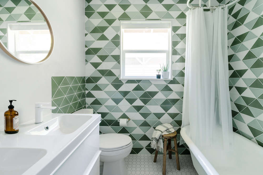 bathroom remodel with fireclay tile | remodelista 9
