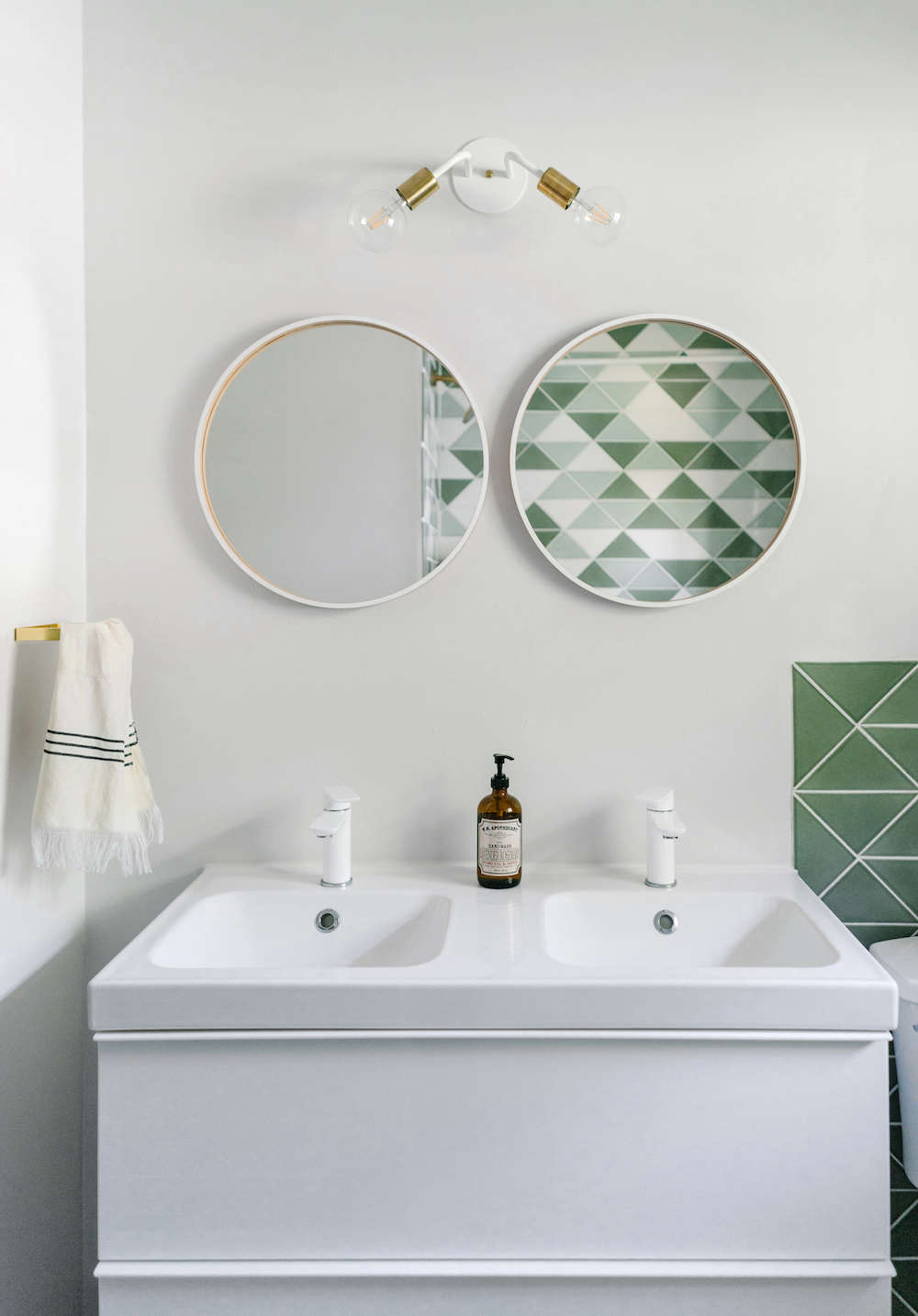 bathroom remodel with fireclay tile | remodelista 12