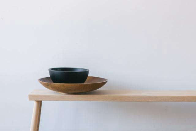 Joshua-Vogul-Black-Creek-Mercantile-wood-bowls-via-Fair-Remodelista