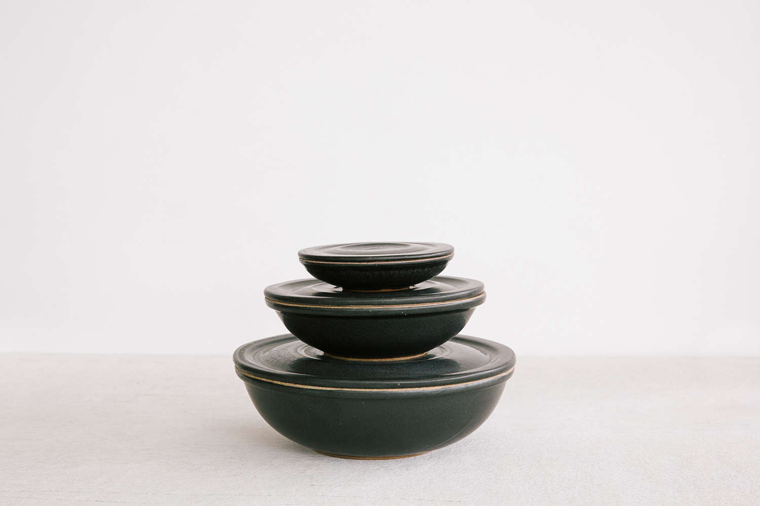 Terracotta Container Bowls from Set and Co. Dallas| Remodelista