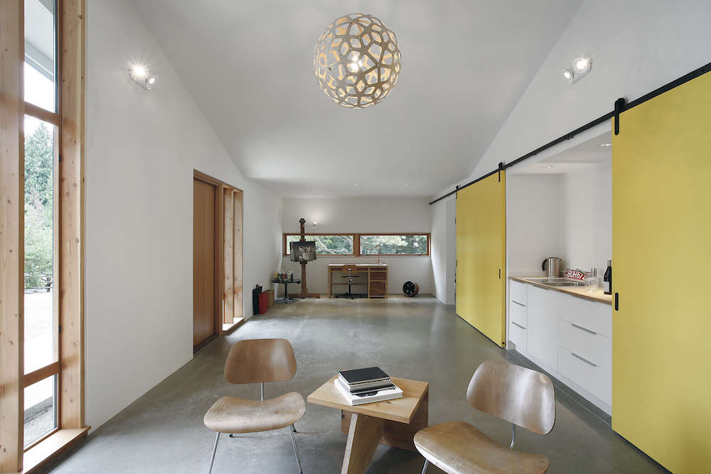 modern converted stables by shed architects | remodelista 11