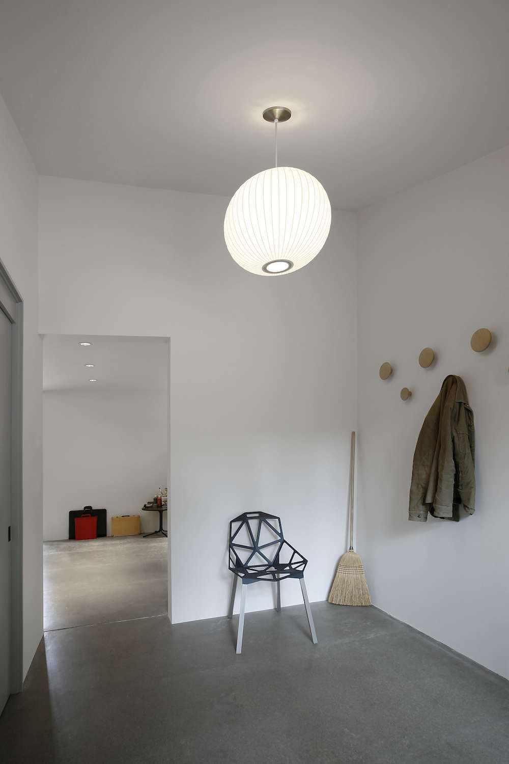 modern work studio conversion by shed architects | remodelista 17