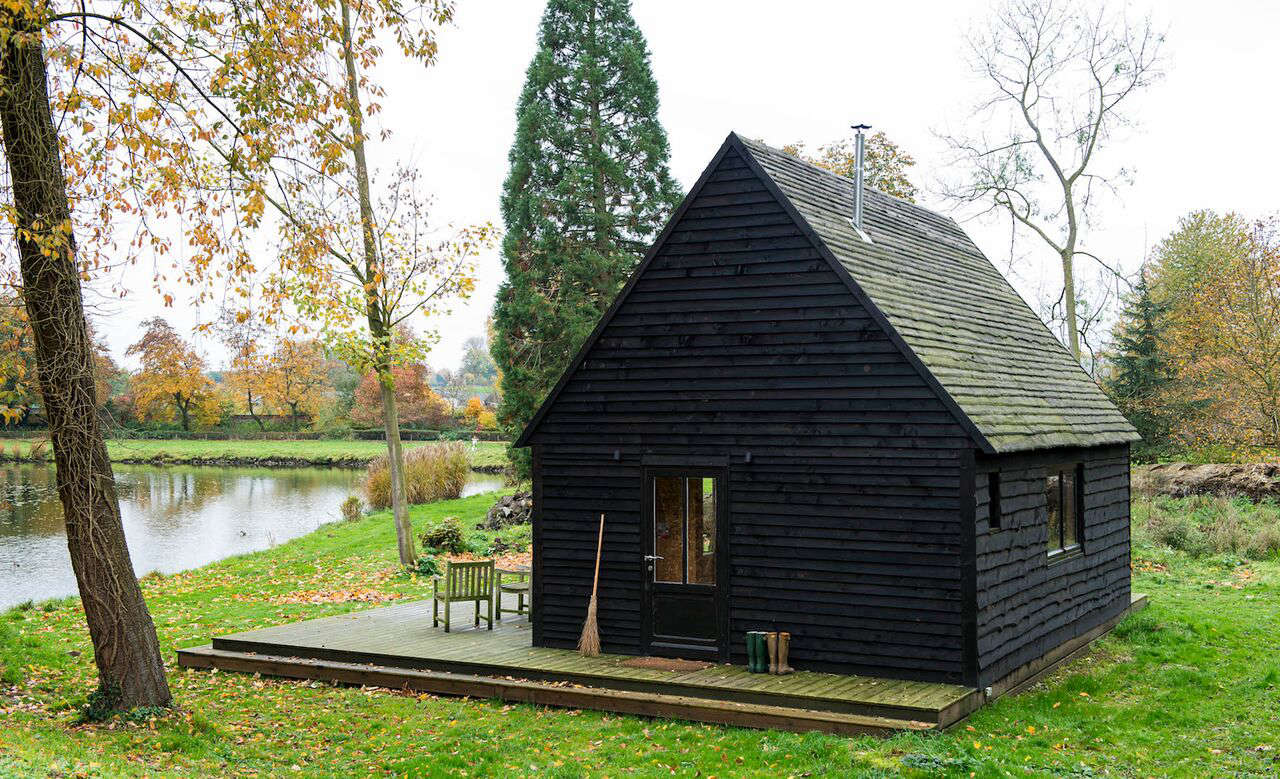 woodland cabin in belgium designed and built by london architecture firm de ros 9