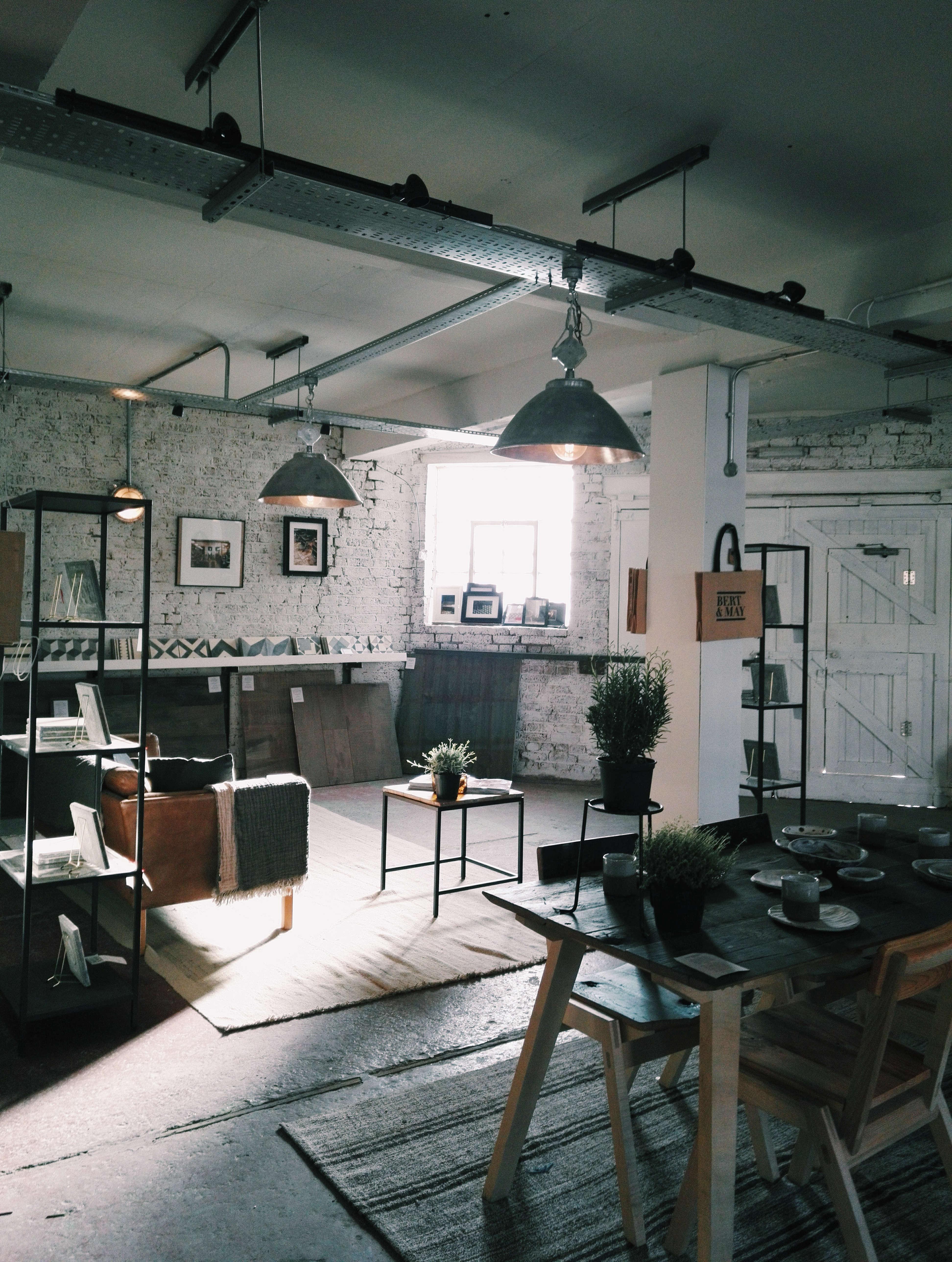 bert and may interior 9