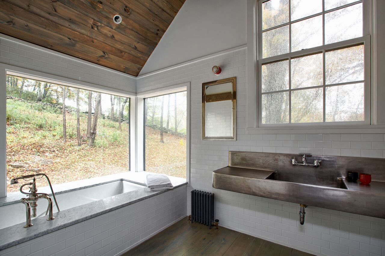 The vintage industrial sink in the master bath is fromWyethin New York.