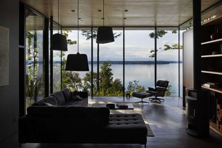 A Puget Sound Cabin That Rests Lightly on the Landscape The house&#8\2\17;s main heating radiates from beneath the concrete floors.