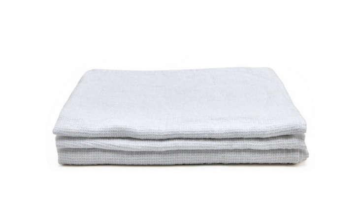 Linas-Linen-Towel-Waterworks-Remodelista