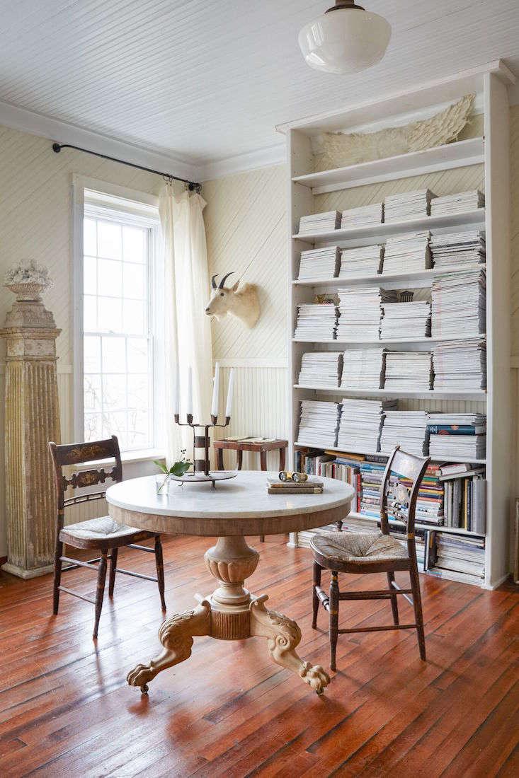 Red Chair Home_remodelista_living room_Marili Forastieri