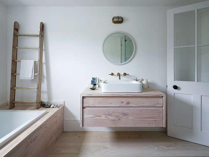Former Bathroom of Daniel Lee, Remodelista