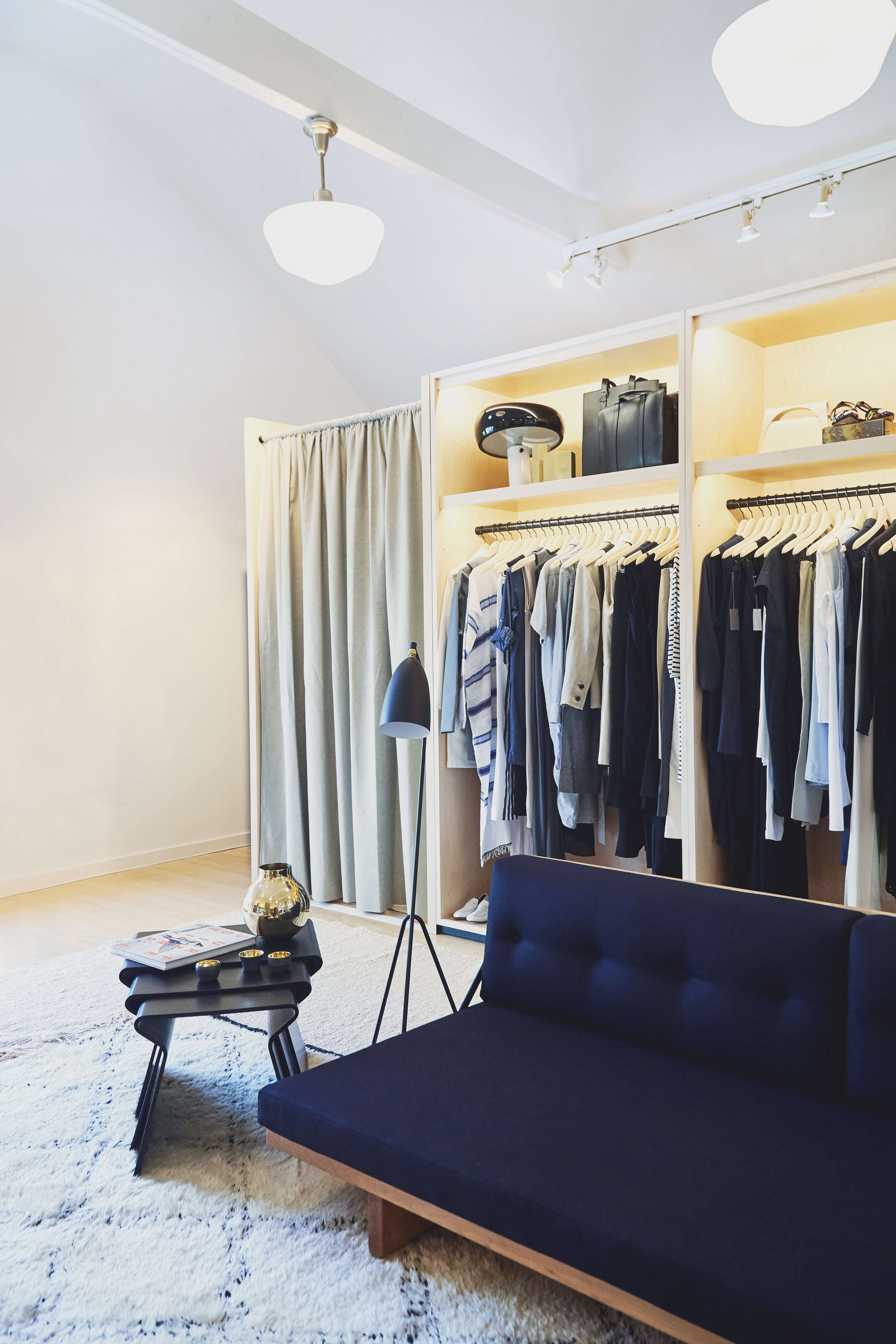 the dressing area at the line amagansett | remodeista 18