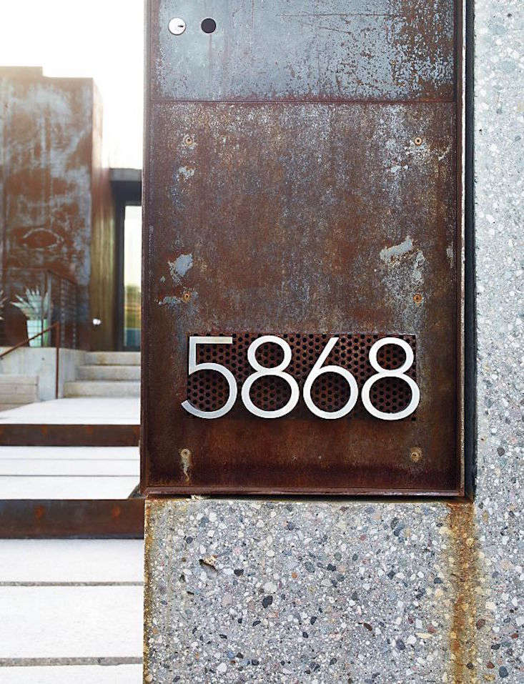 modernist house numbers 12