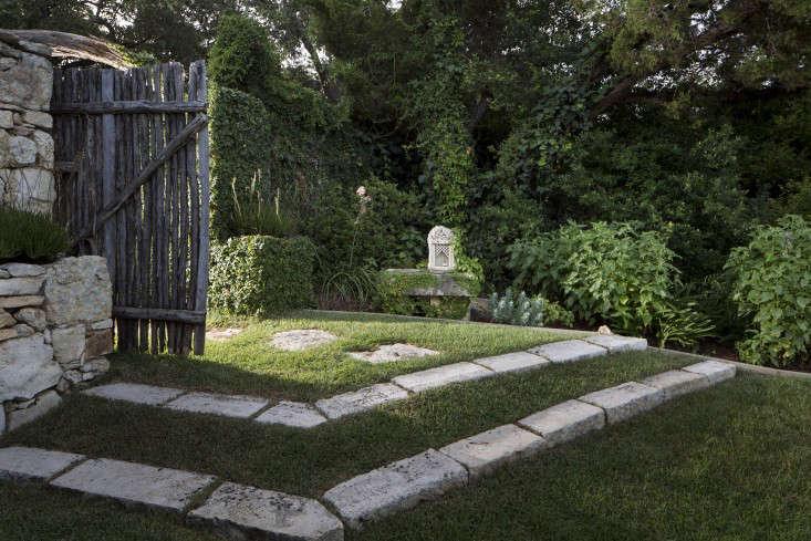 Trending on Gardenista Summer Garden Secrets portrait 3 13