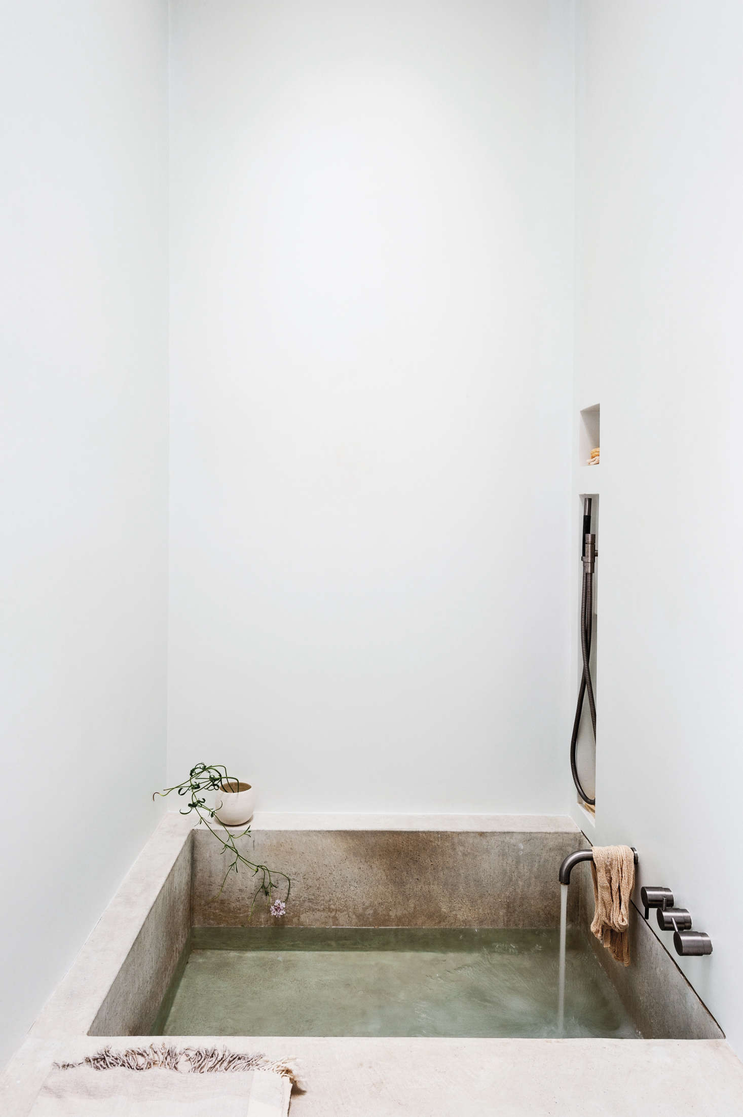 Michael Scherrer Bath by Matthew Williams for Remodelista