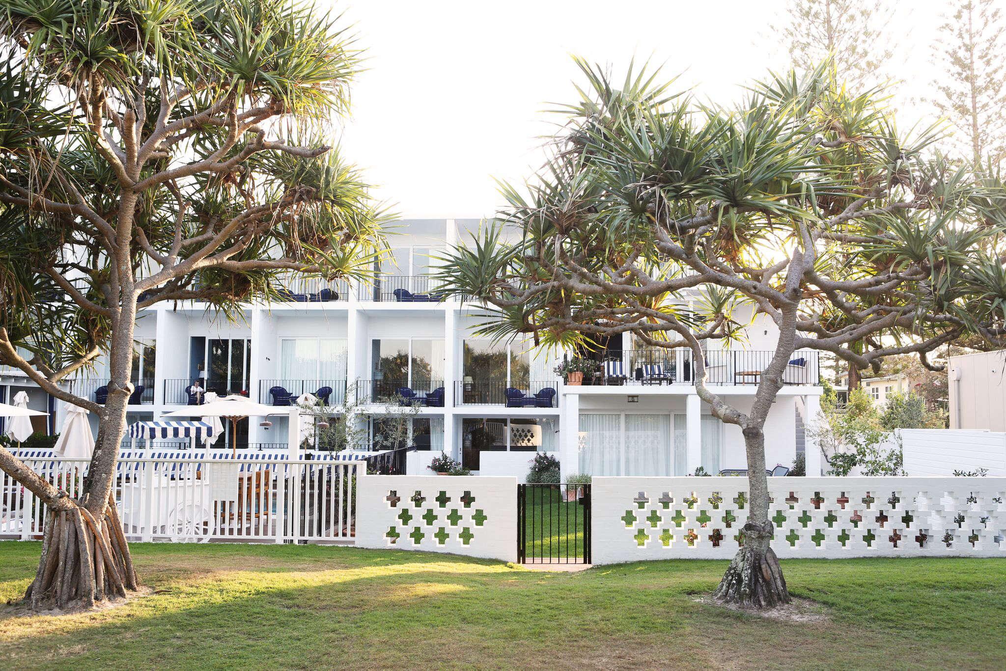 Halcyon House a reinvented beach motel in Cabarita Beach, Australia, Rhiannon Taylor photo | Remodelista