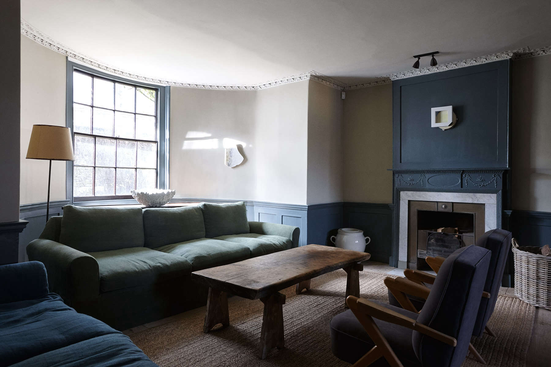 The New Road Residence in London, a curated rental house where everything is for sale | Remodelista