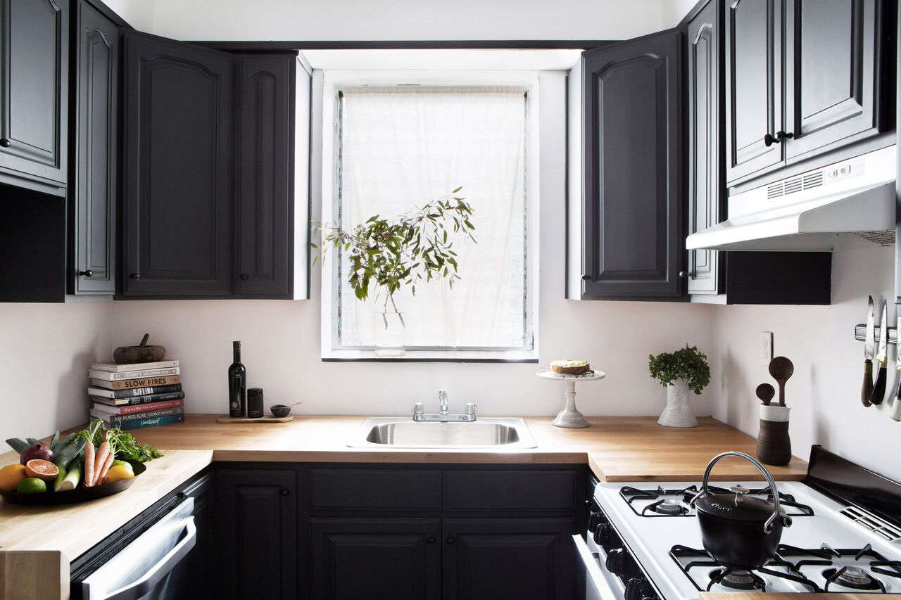 Remodeling 101 All About Butcher Block Countertops Designer Athena Calderone updated the brown laminate countertops in her rental kitchen with Karlby birch countertops from Ikea. Photograph by Sarah Elliot, courtesy of Athena Calderone.
